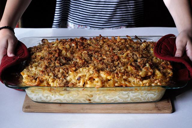 Recipe | Pretz Mex Macaroni & Cheese | Bruegger's Bagels