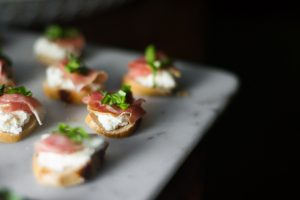 Holiday Hors d'oeuvres: Bagel Crostini